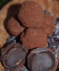 Blanxart Krämig mörk tryffel, doppad i kakao,