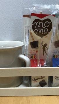 MoMe Drickchokladsticka Present 4 stickor och mugg